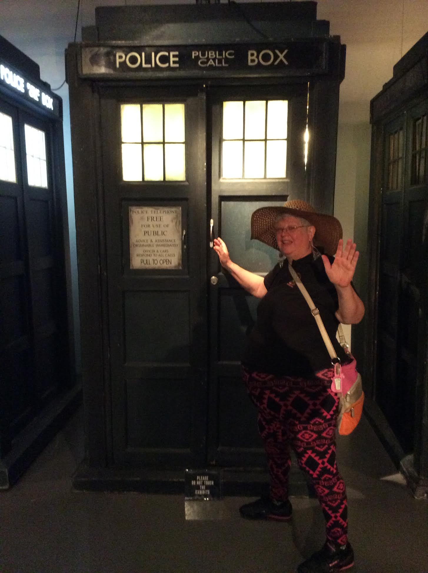 ' ' from the web at 'https://nostupidwikianswers.files.wordpress.com/2015/05/lindy-at-the-dr-who-museum.jpg'